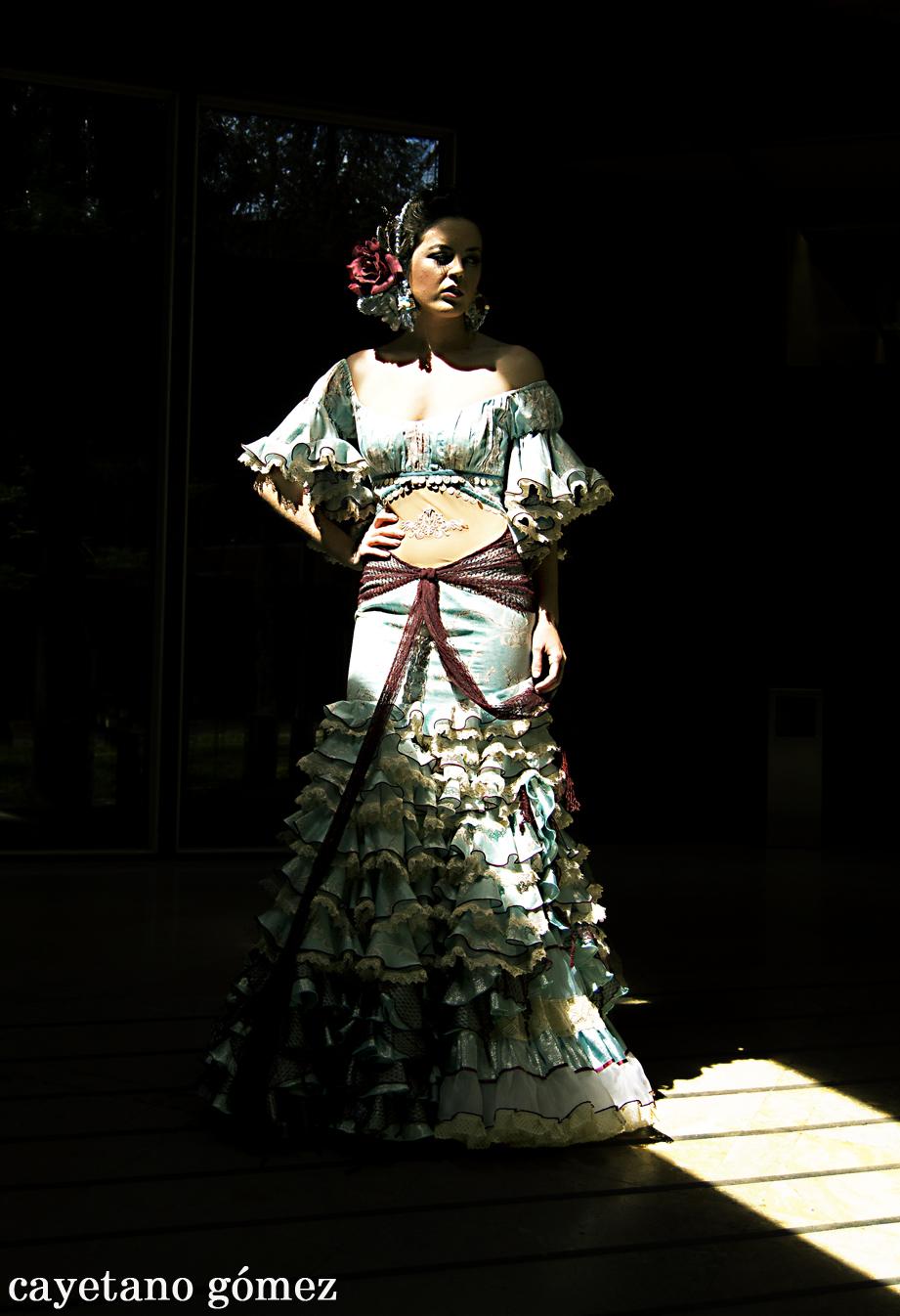 27a3c535f Rosalía Zahíno... puro espectáculo, pura flamenca... - Entre cirios ...