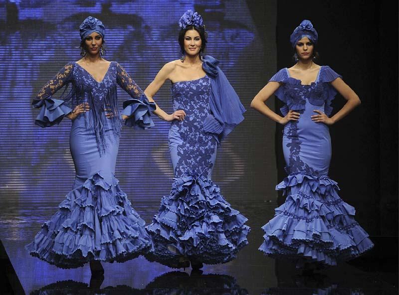 Vestidos de gitana azul electrico