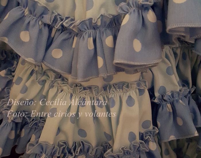 Valme 2015 traje de flamenca de cecilia alcantara entre cirios y volantes