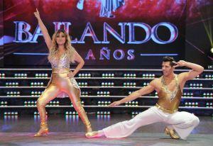 Marcela-Tauro-Bailando-2015