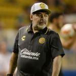 Diego Maradona está siendo sometido a una cura de sueño: despertará en cuatro días