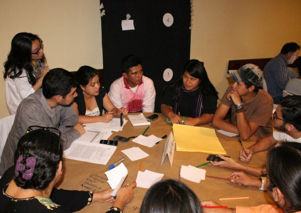"""Rueda de prensa tras el evento """"Esto apenas empieza"""" en Guatemala. Foto por: AGA Comunicación"""