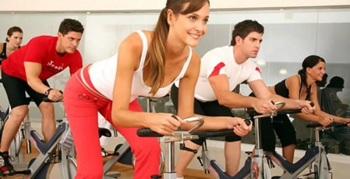 Spinning para mejorar en ciclismo