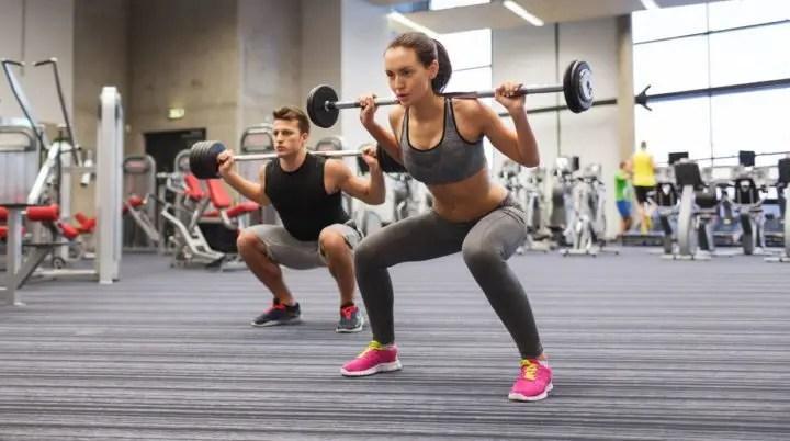 Conoce los mejores ejercicios para mejorar los niveles de hormonas que favorecen el crecimiento muscular