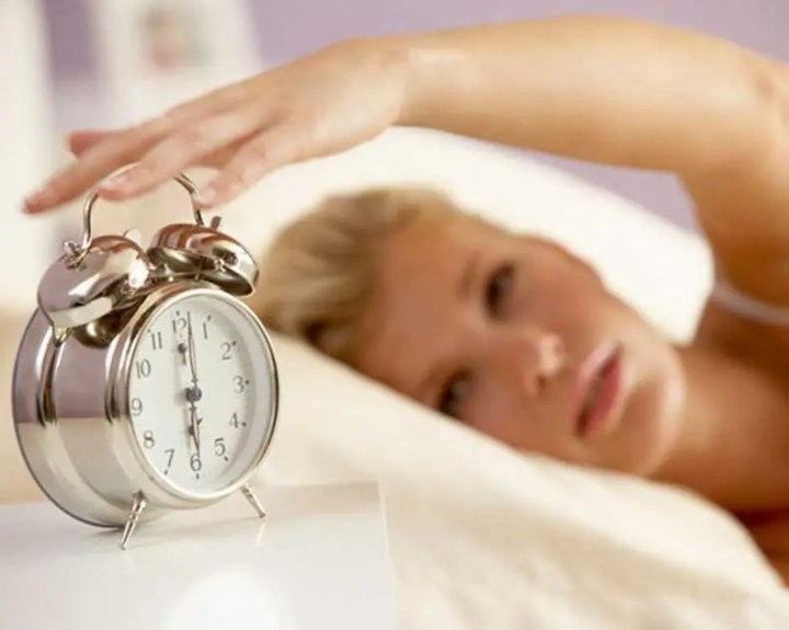 Programar el despertador para hacer ejercicio por la mañana
