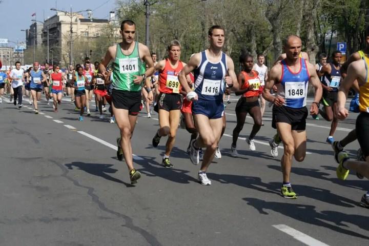 Cómo colocar la cabeza al correr