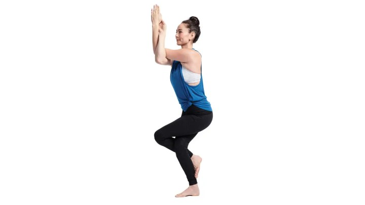 Posiciones de yoga que trabajan el equilibrio