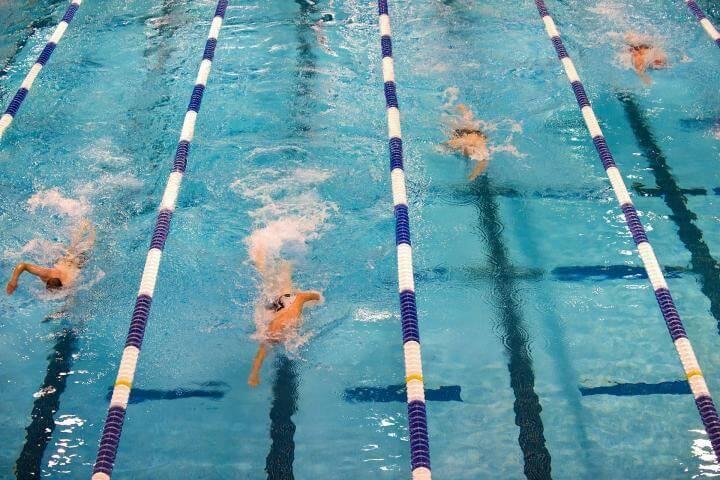 Mejor rutina para desarrollar una buena salida en natación