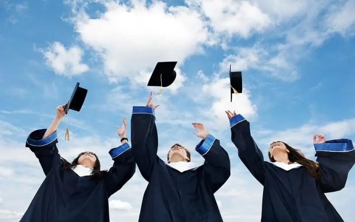 Poseer un título académico no te convertirá en un líder