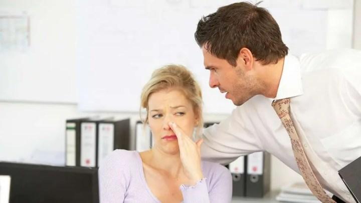 Olor corporal en el trabajo