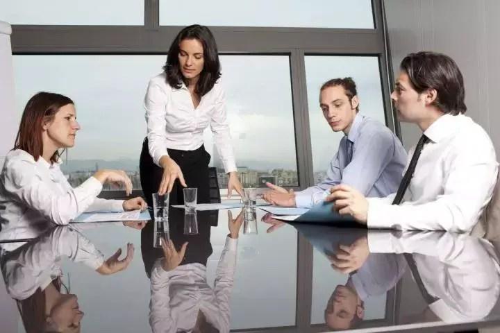¿Cómo aumentar el compromiso laboral?