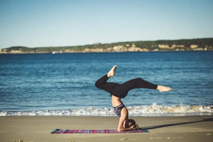7 poses de yoga básicas que todos deben conocer
