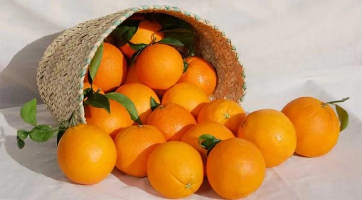 Las naranjas es una fruta con carbohidratos saludables