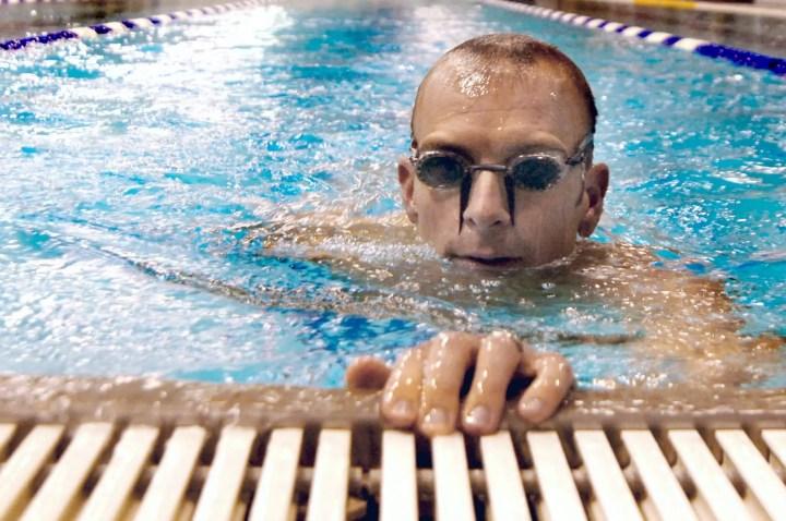 Ejercicios militares para hacer en la piscina
