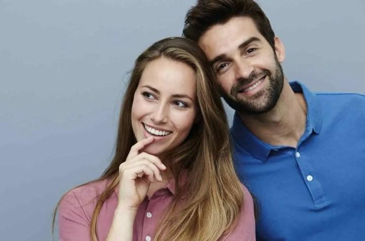 Sonreír te puede ayudar a ser más carismático
