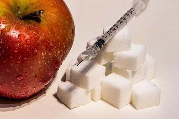 ¿Cómo saber la cantidad de azúcar añadido consumido a diario?