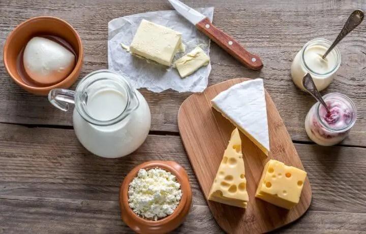Evitar el consumo de lácteos y gluten para perder peso