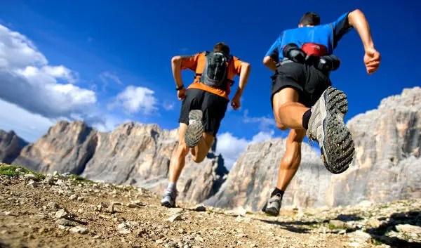 Correr en colinas es beneficioso para ganar velocidad