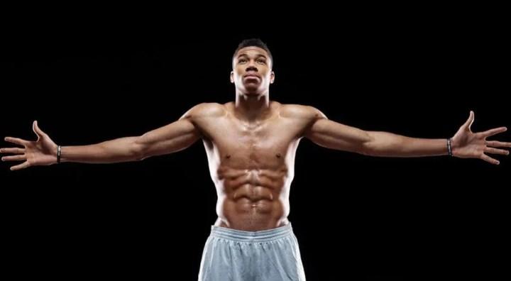 Importancia de la longitud del brazo para entrenar el bíceps