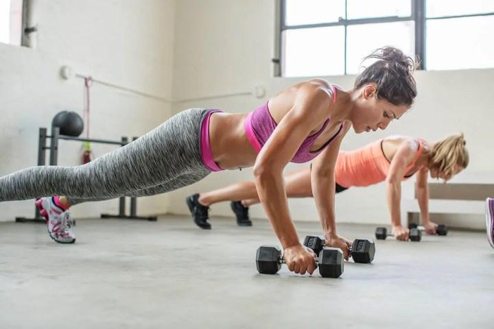 Intervalos de fuerza de alta intensidad para quemar grasa