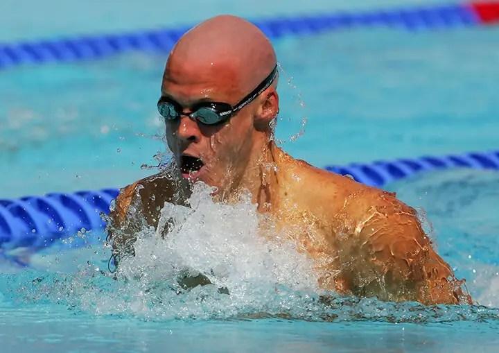 Cómo nadar al estilo braza