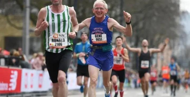 Los promedios de llegada en una maratón según la edad