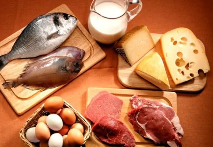 Consumir proteína después de levantar pesas