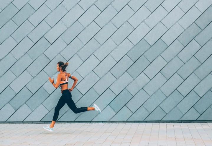 ¿Cuánto se tarda de media en acabar una maratón?