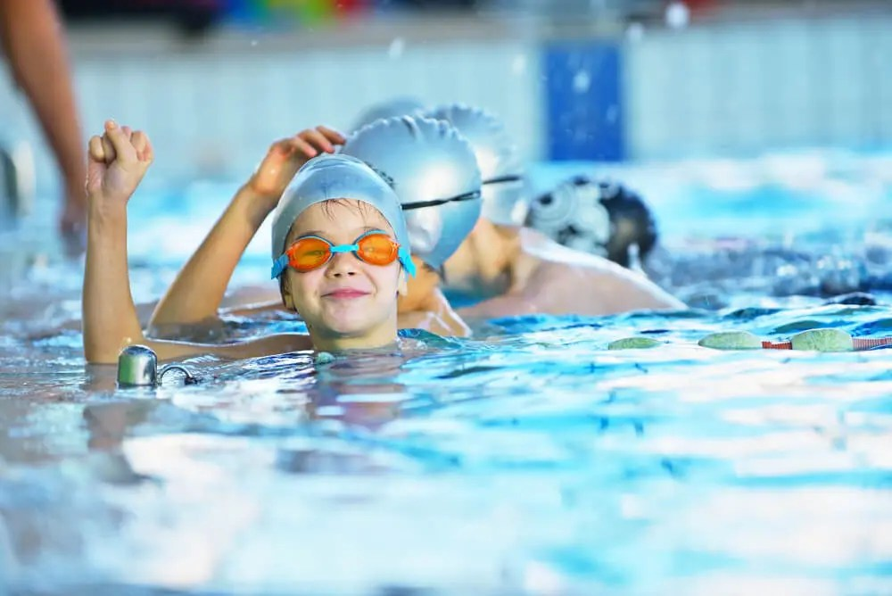Beneficios de unirse al club de natación