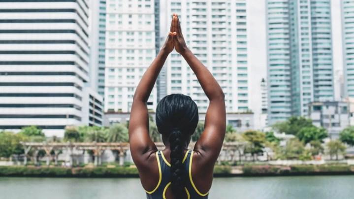 Beneficios de mejorar tu postura corporal