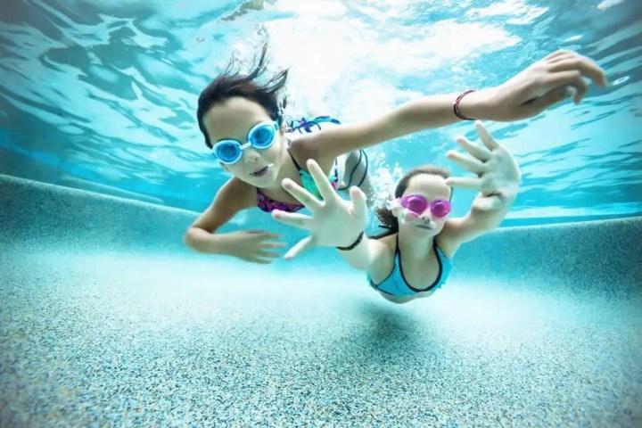 Efectos secundarios de bañarse en piscina