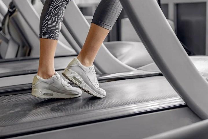 Cómo trabajar los glúteos en la cinta de correr