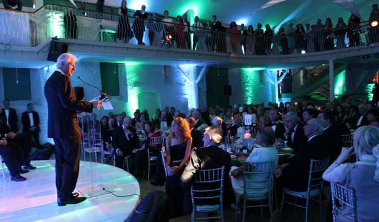 How to organizae your first corporate event