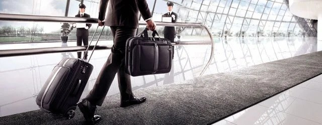 How to avoid stress when on a business travel by travelling light
