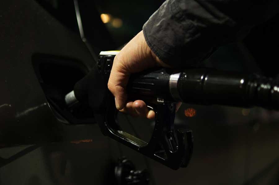 zvýšení cen pohonných hmot v jižní Floridě a ve Virginii