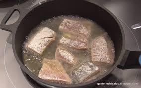 Llampuga frita con salsa picante