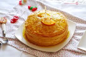 Corona de crema de naranja al caramelo