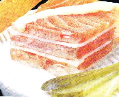 Gelatina de salmón y queso