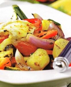 Verduras asadas con queso de cabra