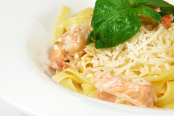 Espaguetis con salmón