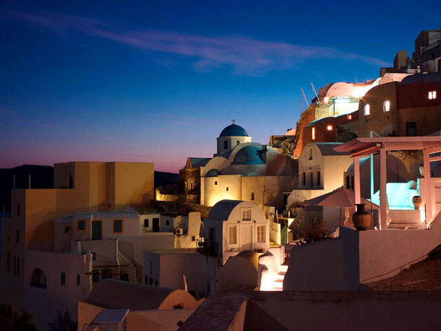 Atardecer en Santorini, foto de C. T. Feng