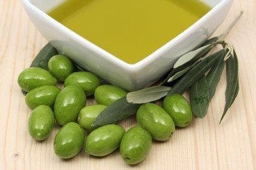 olives and oilve oil