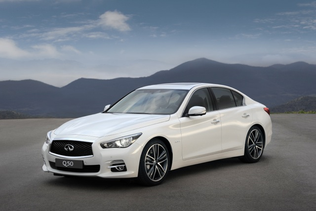 Q50_three_quarter_front_left_hires