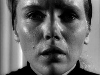 Fotograma de la película Persona, en el que los rostros de las actrices Bibi Andersson y Liv Ullman componen uno único.
