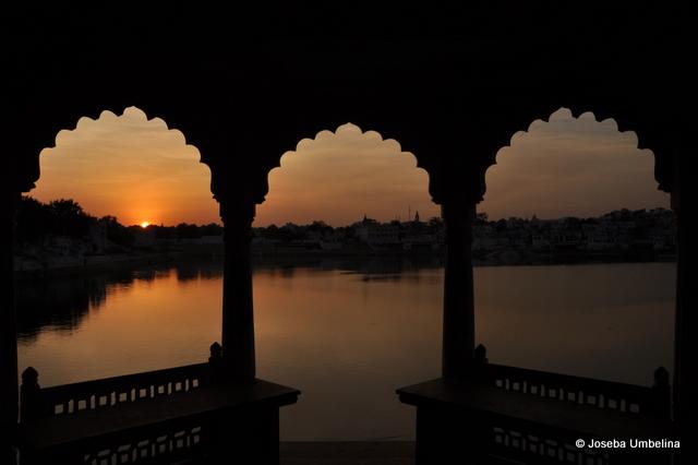 Pushkar - puesta de sol y fin de viaje