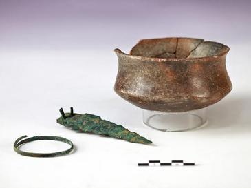 Las-poblaciones-prehistoricas-cambiaron-del-bronce-al-cobre-por-una-cuestion-estetica_image365_