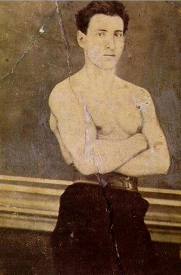 El joven Ramón y Cajal fue un culturista disciplinado. / André Puytorac.
