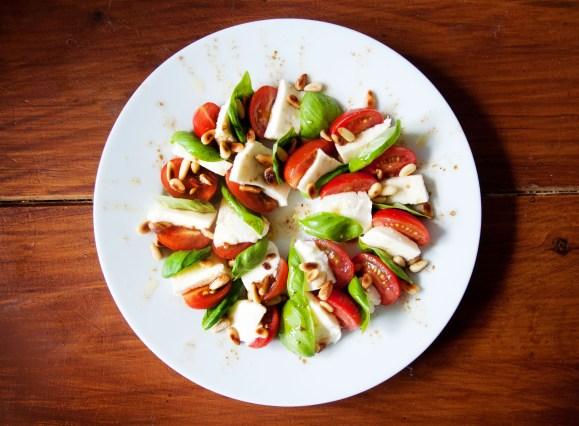 stockvault-tomato-mozzarella-salad133058