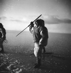 Inuit moderno en Canadá. / Jette Bang Photos, Arktisk Institut.
