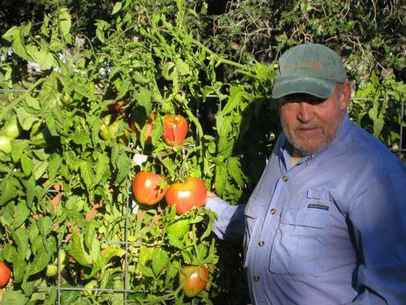 Vivía en su rancho de Colorado con su segunda esposa, Pam. Amaba cultivar tomates. Foto: Página oficial del artista